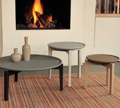 Bijzet/salontafel rond vintage met houten poot | Meubelen TilT De Keizer