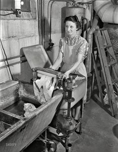 Shorpy Historical Photo Archive :: Drudge Report: 1943