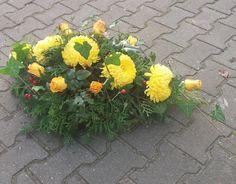Kwiaciarnia Ewy - strona główna Arte Floral, Funeral, Flower Arrangements, Projects To Try, Flowers, Plants, Floral Arrangements, Plant, Royal Icing Flowers
