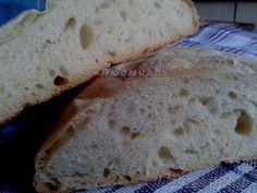 Чиабатта - это хлеб без замеса, где всё за нас сделает время. Если вы хотите на следующий день свежий хлеб, то об этом нужно подумать сегодня и для этого потратить всего 5 минут. Для этого нам понадоб...