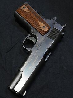 RAE Magazine Speedloaders will save you! 1911 Pistol, Colt 1911, Colt 45, Shooting Guns, Shooting Range, Survival Instinct, Police, Cool Guns, Firearms