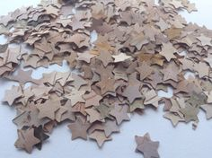 100 die cut Birch bark wooden small Stars natural by ReliveCrafts Vintage Wedding Theme, Rustic Wedding, Table Confetti, Birch Bark, Wedding Table Decorations, Die Cutting, Cardmaking, Invitations, Shapes