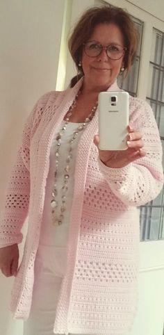 Let's Mix -It!!! Een heerlijk sportief, draagbaar vest dat je overal op kunt combineren!!Ook super leuk om te dragen als jasvervanger op een frisse zomeravond!
