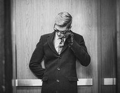 Mε έδρα τον Καναδά το custom-design label EPH Apparel ειδικεύεταιστα ανδρικά κοστούμια, σχεδιασμένα για όλες τις κοινωνικέςπεριστάσεις. Τα μονόχρωμα κοστούμια αναδεικνύονται μέσα από το φακότης Samantha katz, για την καμπάνια S/S 2013.
