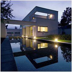 Google Image Result for http://www.architectuur-fotografie.eu/foto/Architectuur_Hengelo_01.jpg