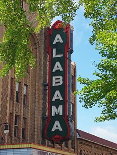 """25 photos of Birmingham.The Alabama Theatre was built in 1927 by Paramount Studios as a """"movie palace"""" for its silent films. It was one of the first establishments in Birmingham to have air conditioning City Pride, Mickey Mouse Cartoon, Magic City, Birmingham Alabama, Silent Film, Photo Tutorial, Places To See, Scene, Theatre"""