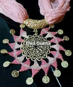 ༺✿༻iğne oyası Lace Jewelry, Scarf Jewelry, Diy And Crafts, Paper Crafts, Needle Lace, Crochet Art, Crochet Accessories, Neck Warmer, Paper Art