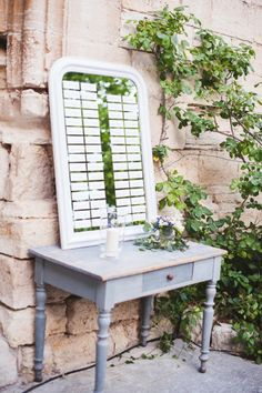 Rustic decor makes up this vanity seating chart: http://www.stylemepretty.com/2014/11/19/romantic-villa-wedding-in-provence/ | Photography: Marion Heurteboust - http://www.marionhphotography.com/