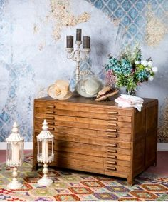 #industrial #muebleindustrial #muebledeoficio #mueblesantiguos #mueblesconhistoria #mueblearchivador #mueblesrstaurados #mobiliariocomercial #diseñodeinteriores #mueblesexclusivos #interiorismo #madrid #estiloporpio Madrid, Vintage File Cabinet, Shop Fittings, Industrial Furniture, Timber Frames, Vintage Furniture, Natural Wood, Antique Furniture