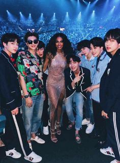 worldwide, top class #BTSBBMAs pic.twitter.com/GclkbVrYRl