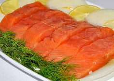Salted pink salmon like salmon in 30 minutes - a step-by-step recipe with a photo. The author of the recipe is Oksana Kovtun. Asian Fish Recipes, Recipes With Fish Sauce, Whole30 Fish Recipes, White Fish Recipes, Easy Fish Recipes, Seafood Recipes, Cooking Recipes, Ethnic Recipes, Food Phography