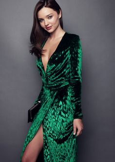 Long sleeve velvet dress green
