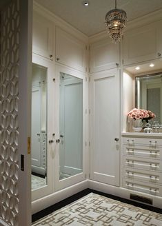 Beautiful luxury walk-in closet ideas for small and big house. Tags: luxury walk in closet, walk in closet ideas, walk in closet for small house, walk in closet for small room Closet Walk-in, Dressing Room Closet, Closet Bedroom, Closet Doors, Dressing Area, Dressing Rooms, Closet Ideas, Master Closet, White Closet