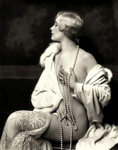 A Ziegfield Follies Girl...boudior (I never spell this damn word right) idea