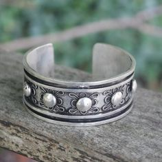 Tribal miao silver bangle boho gypsy hippie ethnic jewellery. Our last week of New Year Sale, Up to 40% OFF!