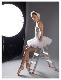 Michaela Tsepeleva #dancer #ballet #ballerina #swan #swanlake