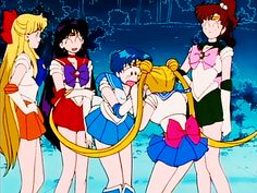 Sailor Mercury looks so surprised and awkward there.