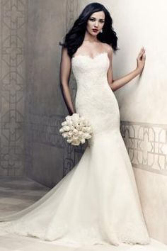 Hourglass shaped wedding dress - Wedding Dresses that Work for Your Figure