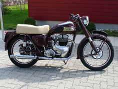 1954 Ariel KH500   Classic Motorcycle Pictures