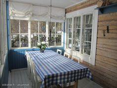 Blue & white summer cottage / Sinivalkoinen kesämökki