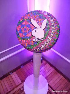 """La noche del 7 de diciembre de 2015, se llevó a cabo la Subasta para Aid for Aids """"FIG 2015 - Festival Internacional de Gráfica 2015 , en el Museo Soumaya de la Ciudad de México, donde coleccionistas, filántropos, artistas y galería ras se unieron para apoyar a comunidades indígenas en situaciones de vulnerabilidad.  Galería Arte en Línea sonó una pieza de su colección para sumarse a este bello esfuerzo.  Súmate para que con tu apoyo apoyemos a """"Ámate Indígena""""; así podremos Salvar vidas una…"""