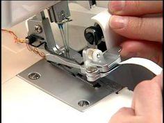 SINGER Overlock CG754 - Prensatelas para pegar elásticos - YouTube