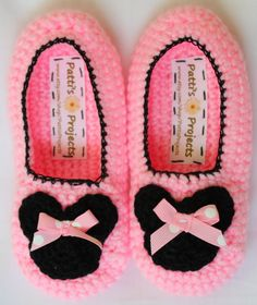 Minnie Mouse or Mickey Mouse slippers - Childrens Sizes