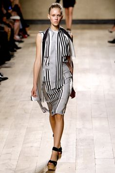 Céline Spring 2010 Ready-to-Wear Collection Slideshow on Style.com
