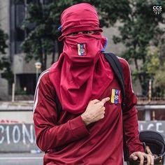 Te presentamos la selección: <<FOTO DEL DIA>> en Caracas Entre Calles. ============================  F E L I C I D A D E S  >> @ramzisouki << Visita su galería ============================ SELECCIÓN @teresitacc TAG #CCS_EntreCalles ================ Team: @ginamoca @luisrhostos @mahenriquezm @teresitacc @floriannabd ================ #Caracas #Venezuela #Increibleccs #Instavenezuela #Gf_Venezuela #GaleriaVzla #Ig_GranCaracas #Ig_Venezuela #IgersMiranda #Great_Captures_Vzla #InstaloVenezuela…