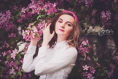 Аксессуар для волос от De interes. Ободок: бусины -гранёное стекло, чешский бисер, атласная лента.  Модель Катерина Ермакова. Фотограф https://vk.com/gulemina #аксессуар_для_волос#ободок#брусника#розовый#фуксия#алый#бусы#стекло#бусины#атласная_лента#модель#фото