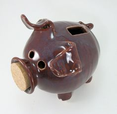 piggy bank by Gary Rith.  Your favourite piggy banks: http://www.helpmetosave.com/2012/02/piggy-bank/
