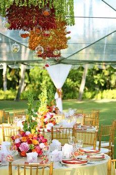 Floral Design by Yvonne Design | Wedding Inspiration from Visionari Photo via AislePlanner.com