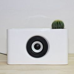 Josiah Ceramic Bluetooth Speaker