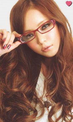 安室奈美恵さんの画像超大量特集(50枚♪) の画像 R&R[レイラー八雲のレレコ愛.年中無休頭の中Reina様オンリー]-LOVE SCREW- Prity Girl, Gyaru, Pretty Baby, Cool Girl, Singer, Kawaii, Long Hair Styles, Glasses, Lady