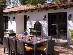 Like the spanish style tiles; Spanish Style Backyard Design Ideas, Pictures, Remodel, and Decor Spanish Style Interiors, House Design, House Front, Remodel, Outdoor Living, House Styles, Mediterranean Home Decor, Outdoor Dining, Spanish Bungalow