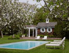 If I ever had a pool it would look like this. Rectangle, narrow concrete surround, full width steps at shallow end. Jennifer Vaughn Miller Amagansett House via Cottages & Gardens