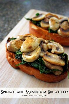 Spinach and Mushroom Bruschetta Recipe Quick and easy Spinach Mushroom Toast recipe. Great healthy lunch dinner or bruschetta appetizer idea Vegetarian Recipes, Cooking Recipes, Healthy Recipes, Spinach Recipes, Cooking Games, Italian Spinach Recipe, Cooking Classes, Casseroles Healthy, Cooking Rice