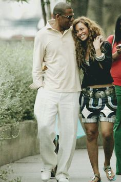 Jay-Z & Beyonce....just the cutest couple EVER<3