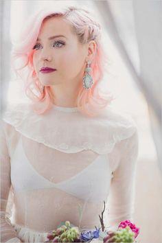 pink wedding hair | berry wedding lip | rock n roll bride | #weddingchicks