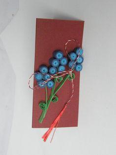 Martisoare Quilling - Violete pe Suport 1 (6 LEI la circulmagic.breslo.ro)
