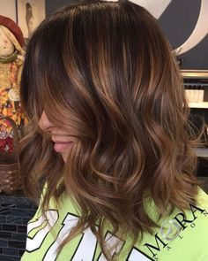 Wavy Brown Bob With Caramel Highlights
