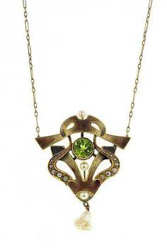 Doyle & Doyle Estate Jewelry | Item: Arts & Crafts Peridot & Pearl Enamel Necklace
