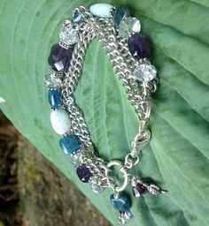 Totally Awesome, Macrame, Jewelry Design, Beaded Bracelets, Jewels, Facebook, Friends, My Style, Fun