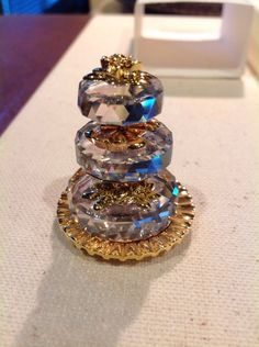 Collectible SWAROVSKI Crystal Moments Wedding Cake Retired MIB 235 249