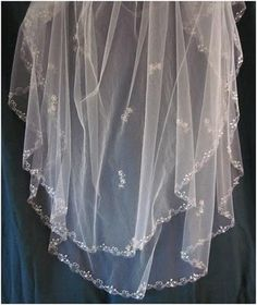 Tutorial on how to make your own DIY Embroidered Veil :  wedding crafts DIY