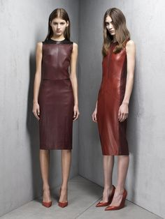 valery kaufman and marine deleeuw for narciso rodriguez pre-fall 2013 Look Fashion, High Fashion, Fashion Show, Autumn Fashion, Womens Fashion, Fashion Design, Valery Kaufman, Leder Outfits, Leather Dresses
