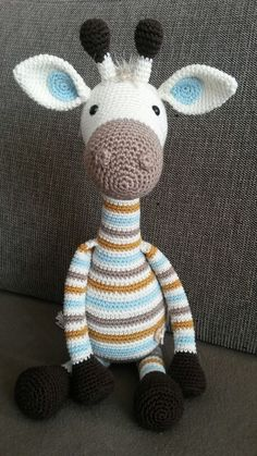 Amigurumi Do Zero Animal Knitting Patterns, Crochet Toys Patterns, Stuffed Animal Patterns, Amigurumi Patterns, Crochet Crafts, Crochet Projects, Crochet Baby Toys, Crochet Teddy, Crochet Animals