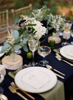 REVEL: Navy Tablescape with Gold Flatware - want gold trim service ware and glasses