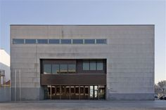 Arquitecto:Manuel Gallego Jorreto Provincia:Pontevedra Localidade:Illa de Arousa Ano:2004 Xeolocalización:42.56,-8.87