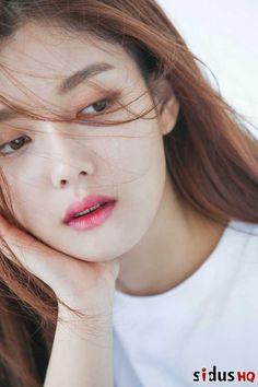 momolandnude at DuckDuckGo Female Actresses, Korean Actresses, Korean Actors, Actors & Actresses, Kim You Jung, Korean Makeup Look, Korean Star, Profile Photo, Airport Style